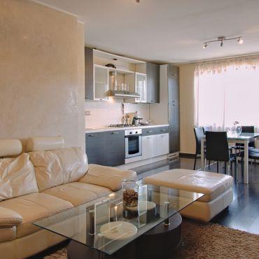 Луксозно обзаведен 3-стаен апартамент в гр.Банкя.